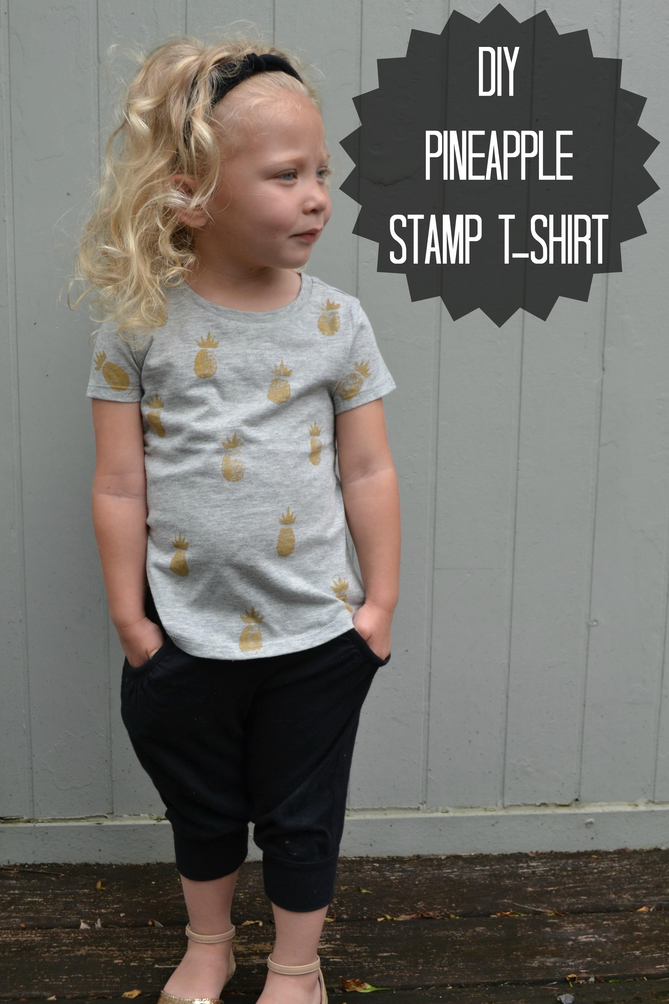 DIY Pineapple Stamp T-shirt