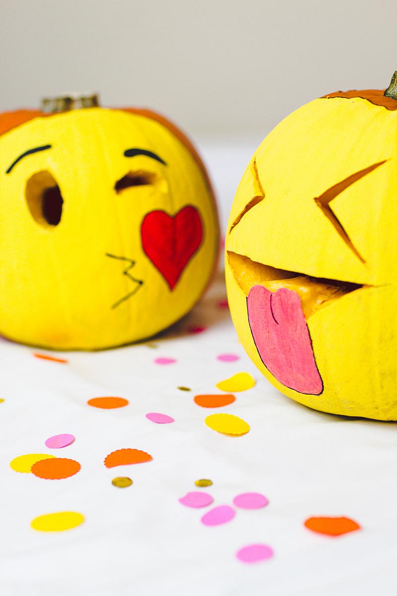 DIY-Emoji-Pumpkins-Halloween-Decor-Fun-Painting