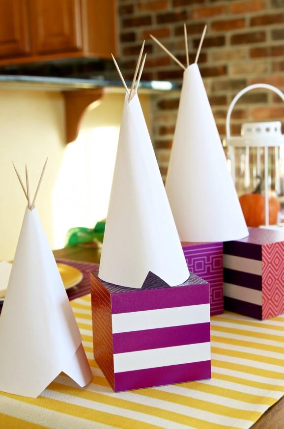 Thanksgiving-Kids-Table-Ideas-2-578x874