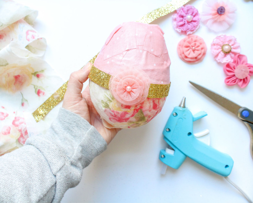 decorated_surprise_easter_egg