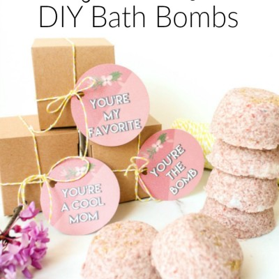 The Perfect Mother's Day Gift: DIY Bath Bombs