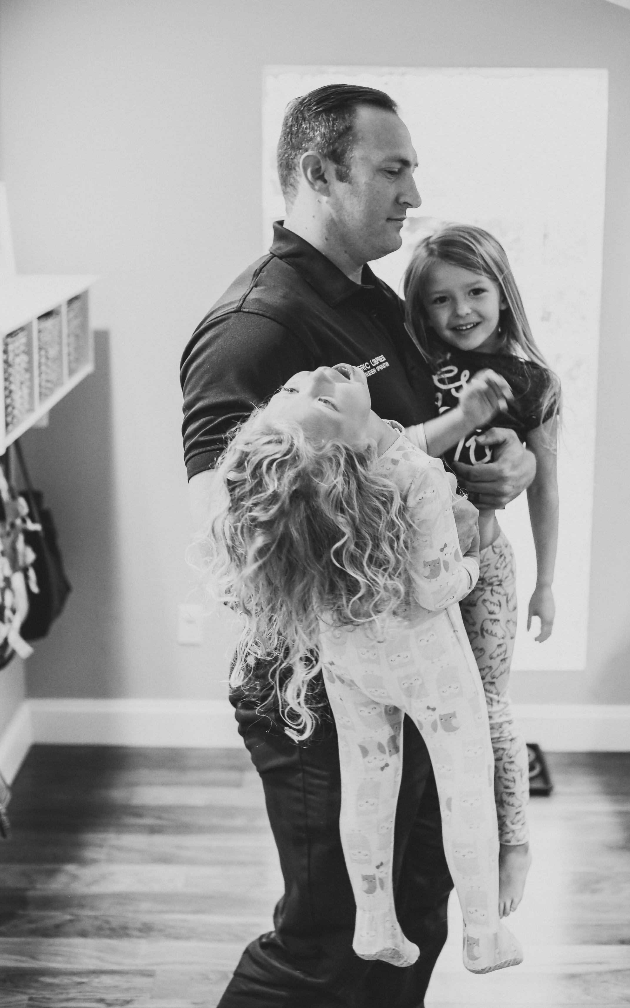 5 Tips for the Mom Whose Husband Works Long Hours- this is such an encouraging read. When your husband works long hours it can sometime feel isolating with the kids. This reminds me I am not alone.
