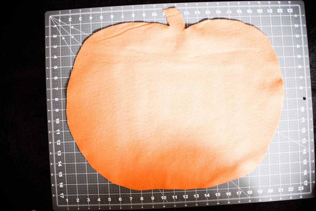 Felt Fall Pumpkin Toddler DIY