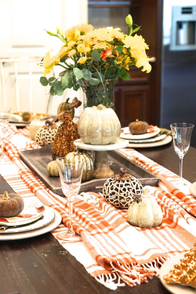 effortless fall tablecape thanksgiving tablescape kid friendly entertaining fall decor