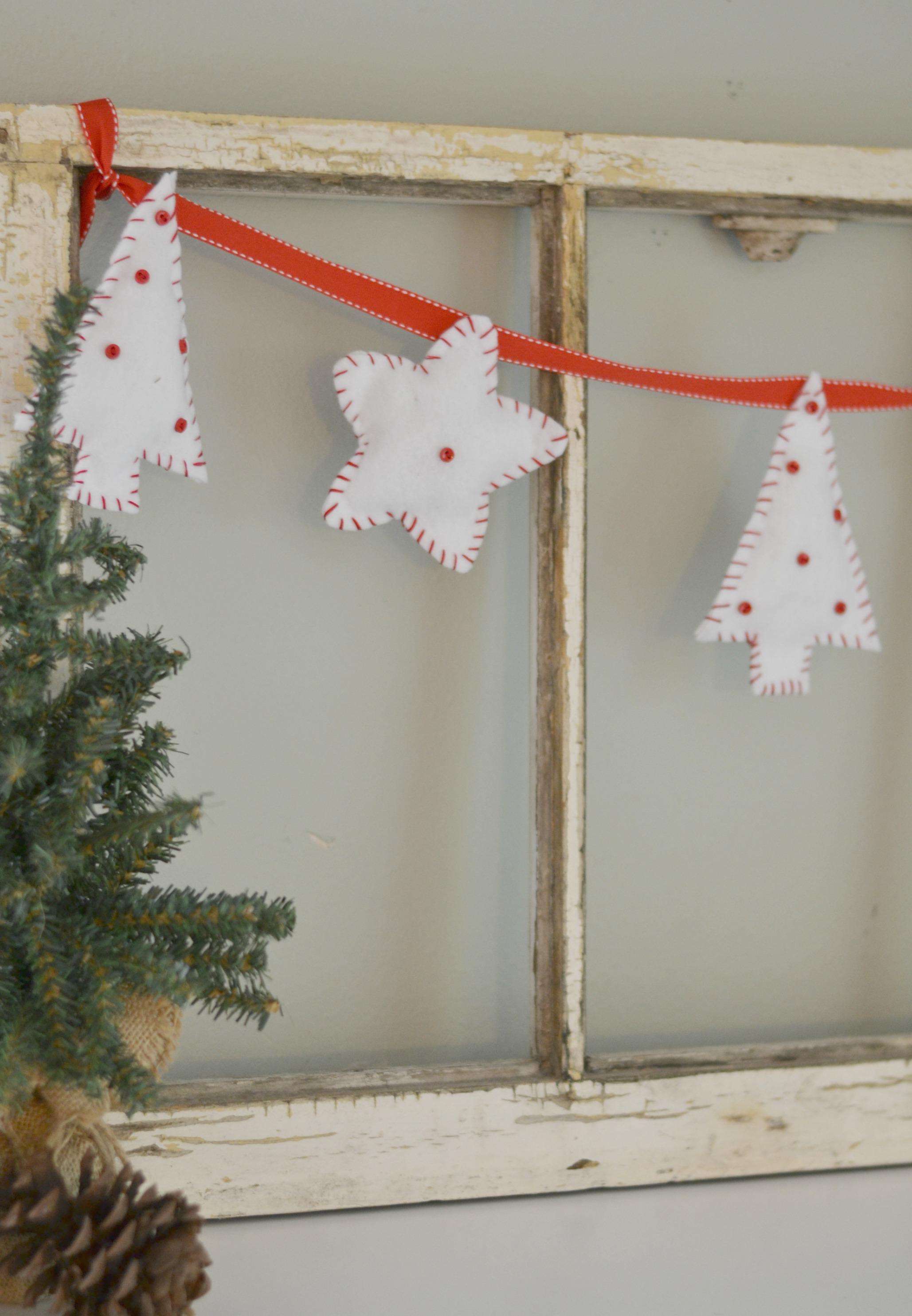 easy-diy-felt-christmas-bunting3