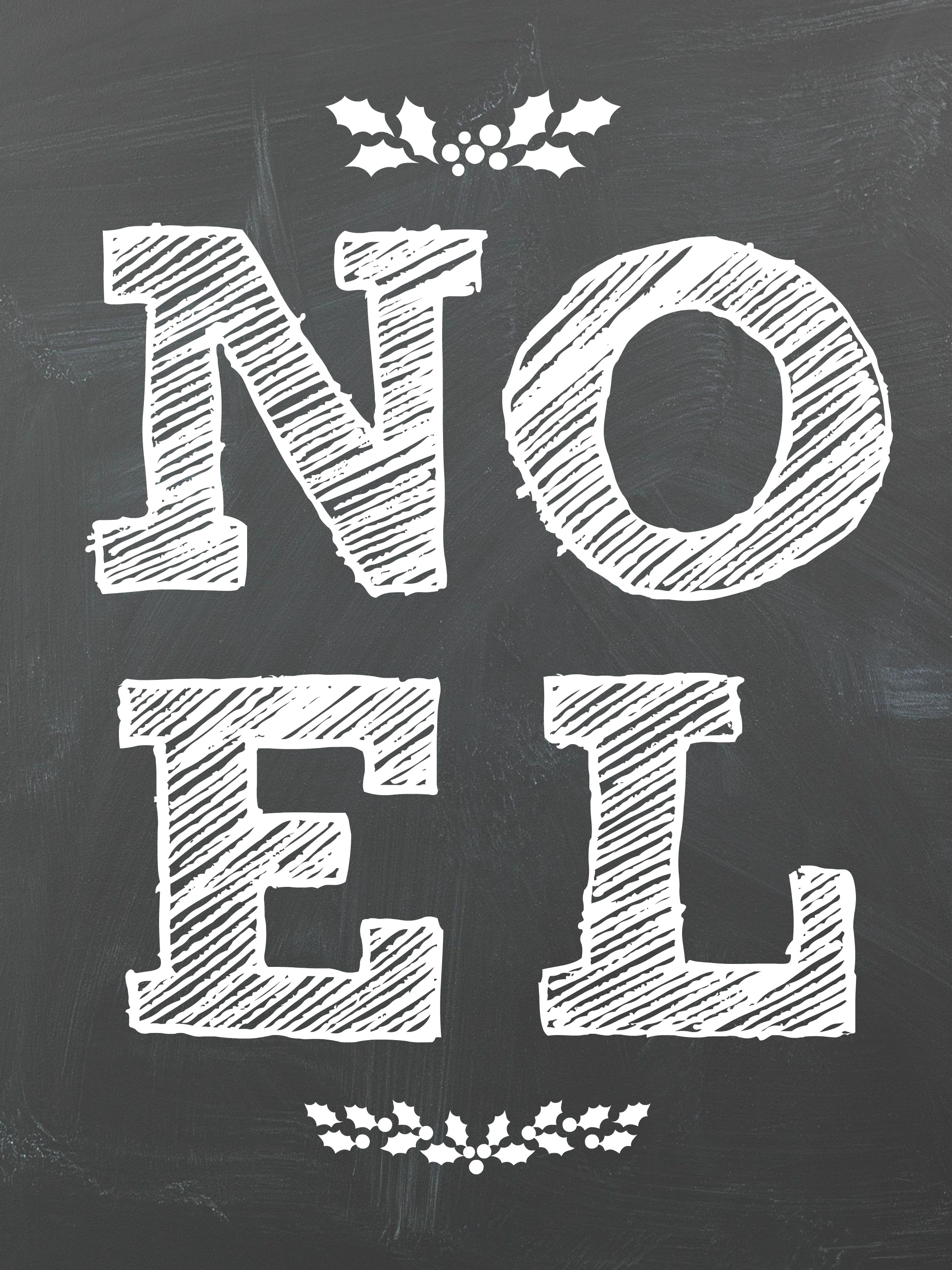Noel Free Chalkboard Christmas Printables! Perfect for a DIY Christmas Gallery Wall.