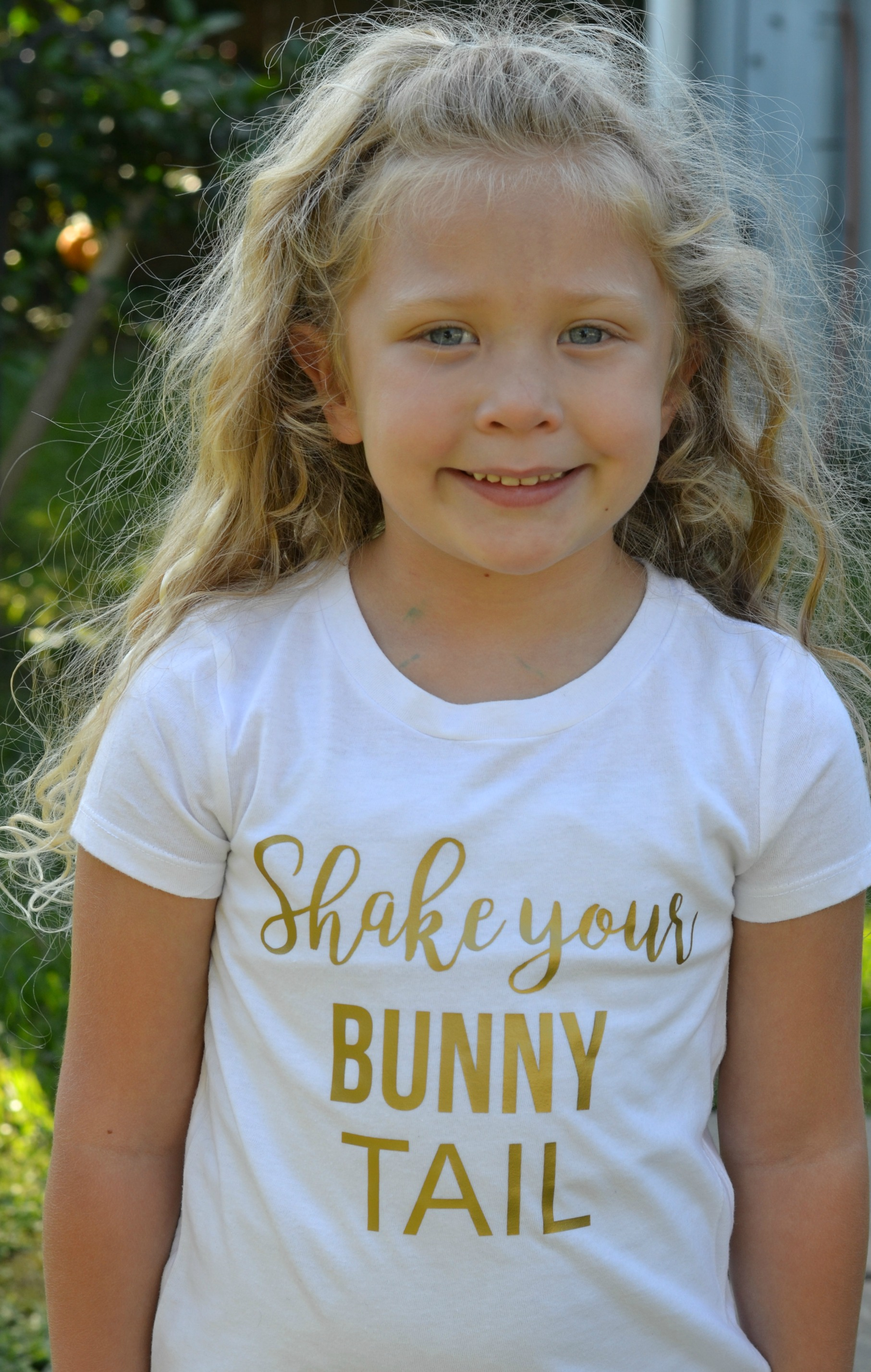 DIY Easter Shirt. Shake your bunny tail!