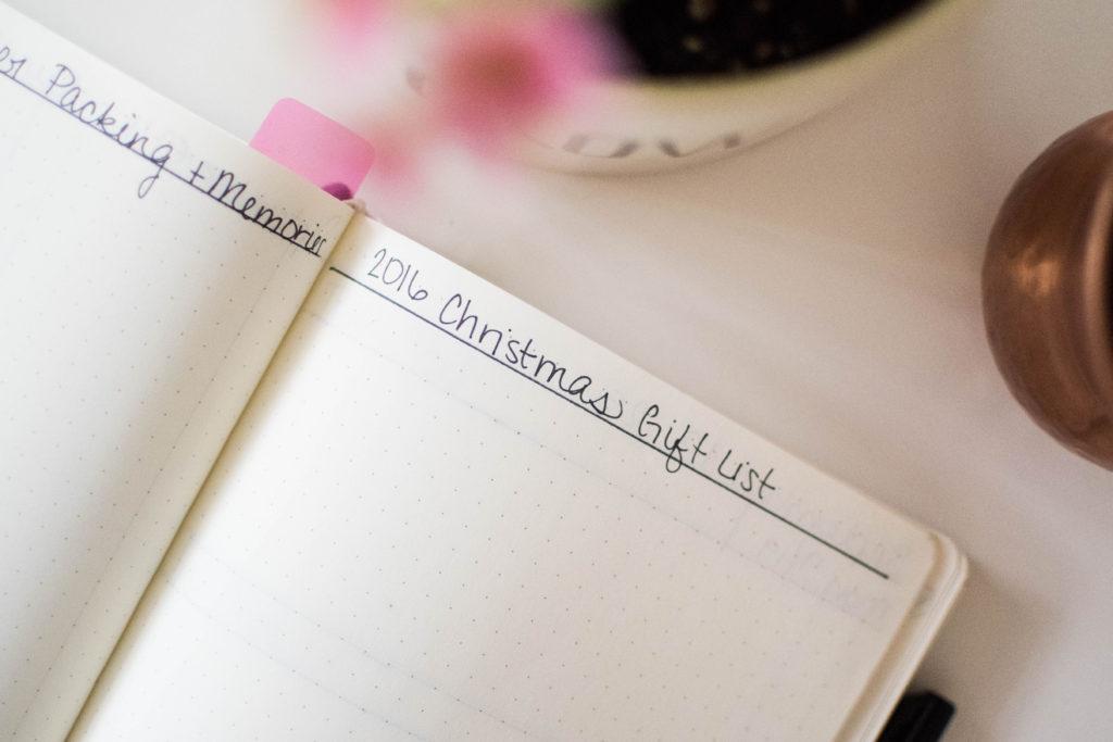 simplify your life minimalism list tracking bujo