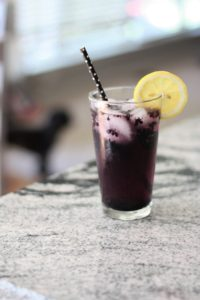 Easy Blackberry Lemon Spritzers
