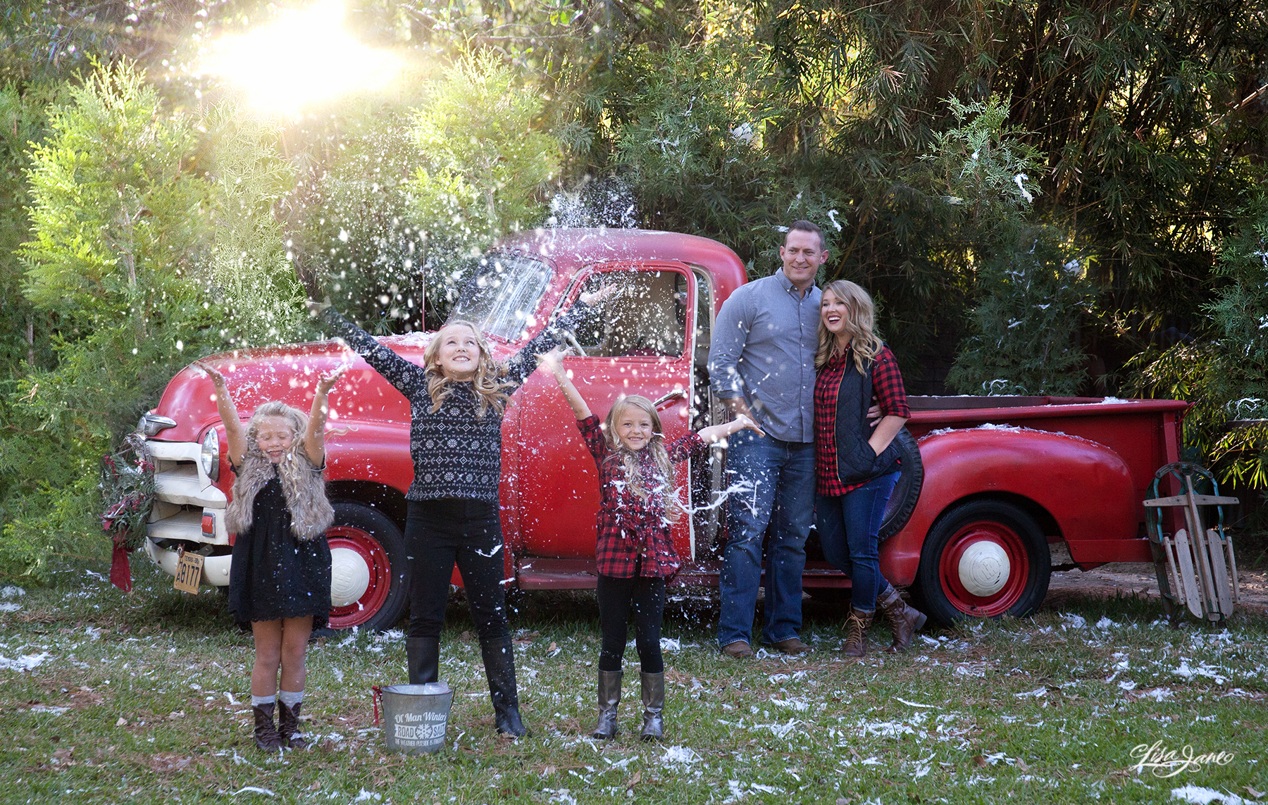 Best Color For Family Photos Outside