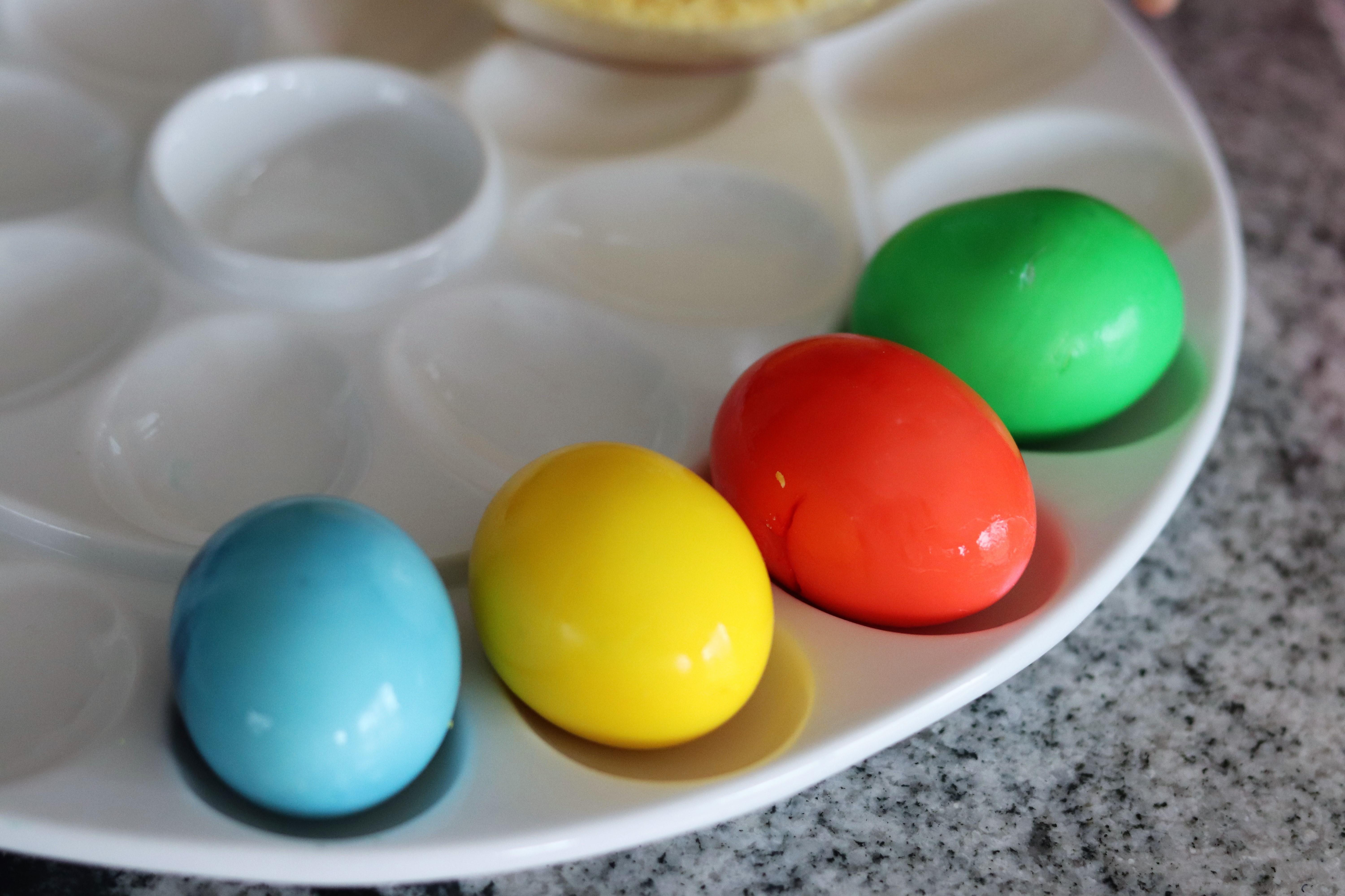 Easter Deviled Eggs - Moms Without Answers