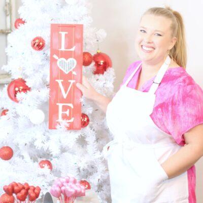 DIY Valentine's Christmas Tree Decorations